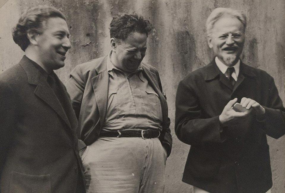 André Breton, Diego Rivera et Léon Trotski au Mexique.