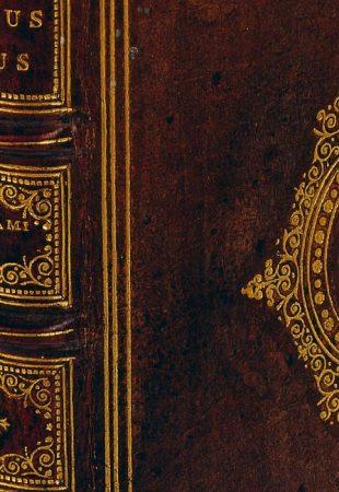 L'étrange histoire des livres reliés en peau humaine