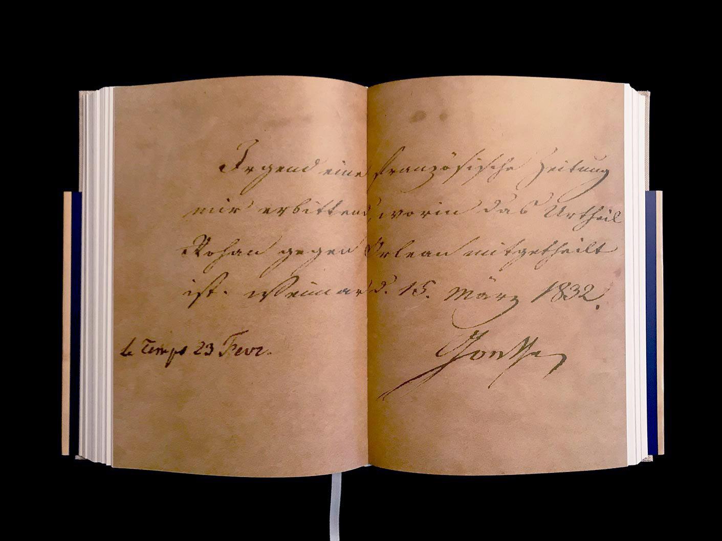 Johann Wolfgang von Goethe, lettre signée, Weimar, 15 mars 1832, contrecollée sur une feuille d'album de la collection d'Emil Ludwig. L'un des derniers messages écrits de Goethe avant son décès, à l'âge de 82 ans. © Passéisme.